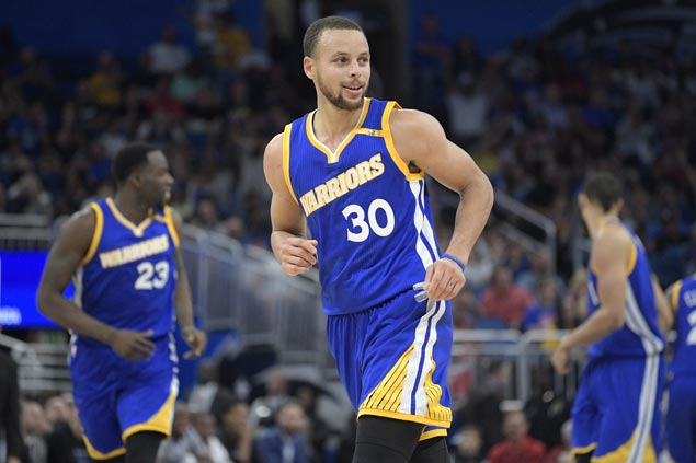 Steph Curry, Klay Thompson fire seven triples each, Warriors hit 19 total treys in rout of Magic