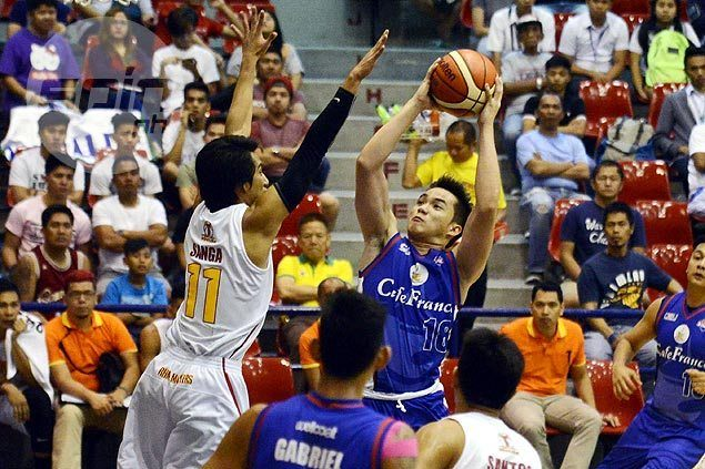 Paul Desiderio earns Macaraya praise in seamless transition from UP to Cafe France