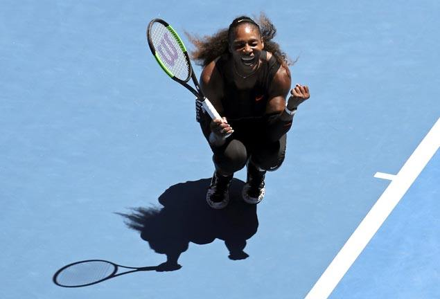 Serena Williams leads trio of 30-somethings in Round of four at Aussie Open