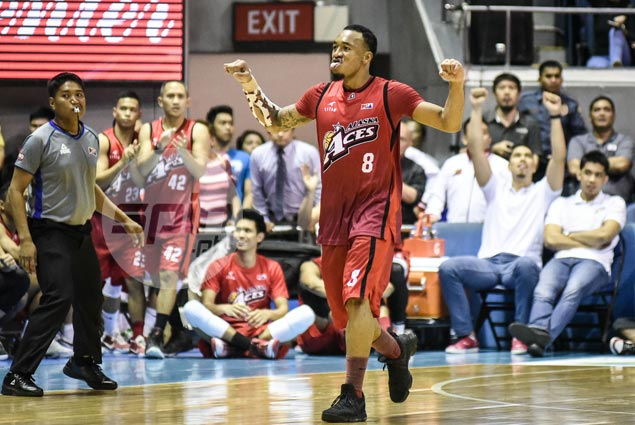 Vastly improved three-point shot makes Calvin Abueva a bigger asset for Gilas, says Compton
