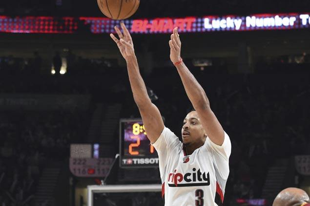 Blazers blow 14-point lead but recover in time to overcome thrilling Lakers comeback