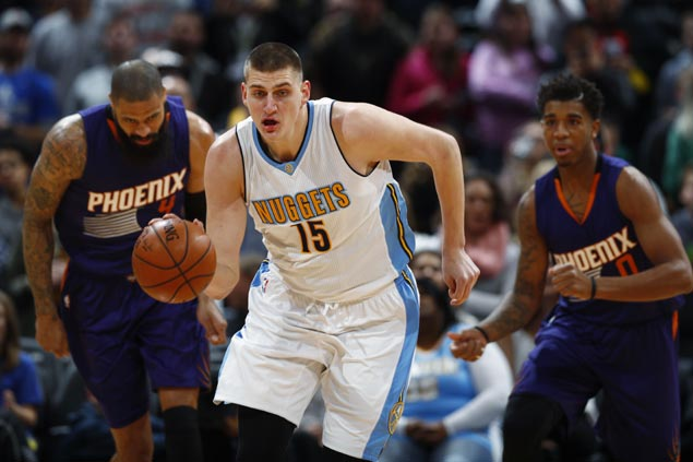Nikola Jokic, Jameer Nelson step up in the clutch as Nuggets rally past Suns