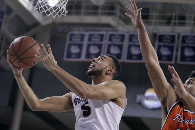 Gonzaga looks to keep streak going, takes aim at No. 1