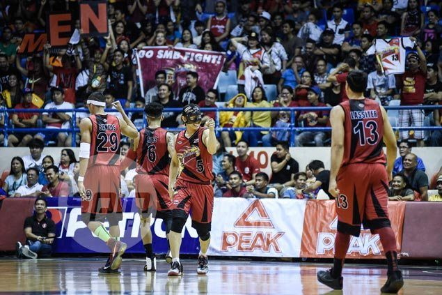 Alex Cabagnot clutch again as SMB outlasts TNT to keep momentum heading into playoffs