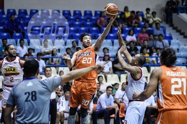 Jared Dillinger ashamed after 'embarrassing' 47-point Meralco loss to Star to end the conference