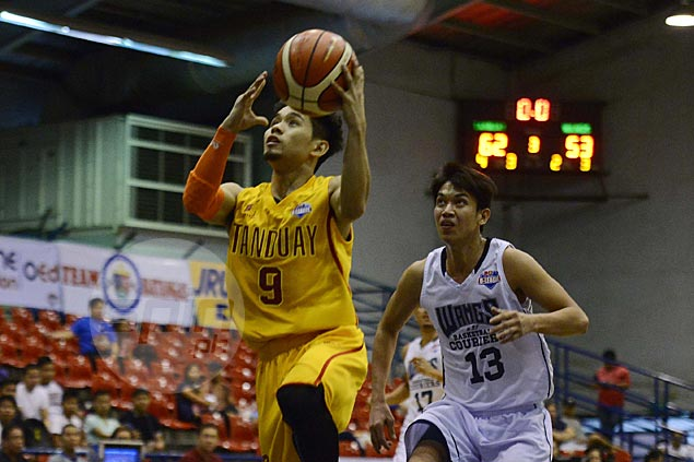 Chongson worried Tanduay may be relying too much on crafty guard Mark Cruz