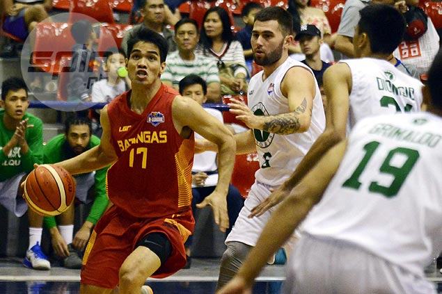 After short-lived PBA stint, Joseph Sedurifa tries to revive career with young Batangas side
