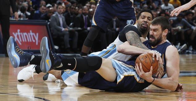Grizzlies make it three straight wins with 20-point rout of Nuggets