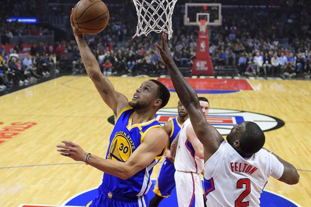 Steph Curry, Kevin Durant, Klay Thompson combine for 76 as Warriors blow by Clippers