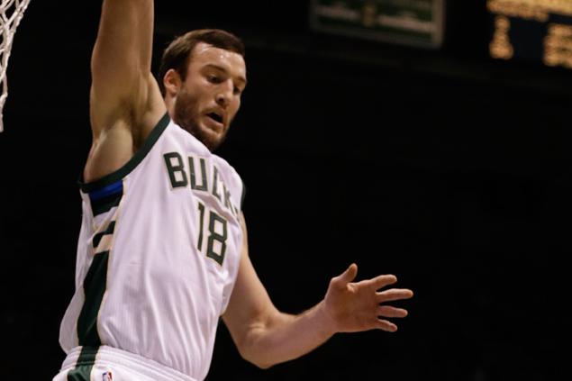 Trade season begins as Bucks send Miles Plumlee to Hornets for Roy Hibbert, Spencer Hawes