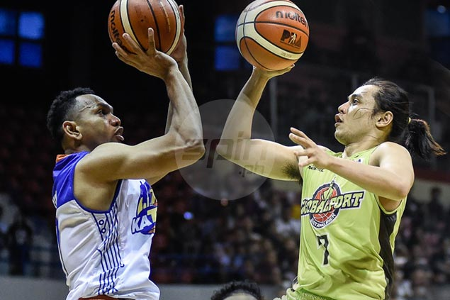 Before teaming up at Gilas, Jayson Castro, Terrence Romeo figure in PBA playoff shootout
