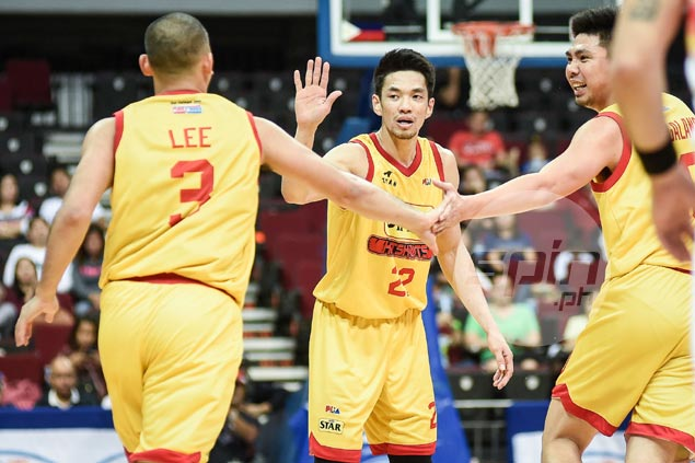 Chito Victolero says PJ Simon nearing return but Star in no rush as Hotshots sustain fiery form