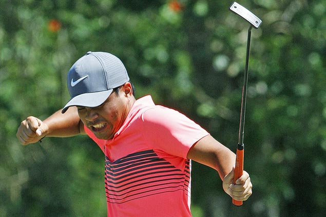 Travel-weary Miguel Tabuena gets a big win on home soil, bags P1.5M in TCC Invitational