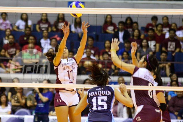 Longtime UP libero Arielle Estranero didn't look like a stranger to new role as setter