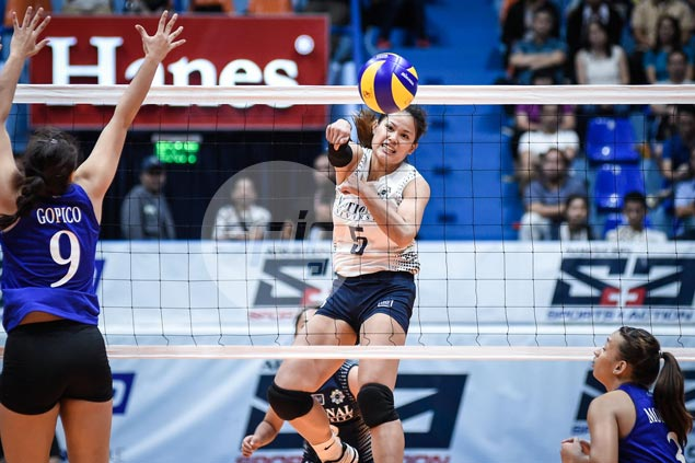 NU Lady Bulldogs survive tough four-setter over Ateneo Lady Eagles to take early UAAP lead