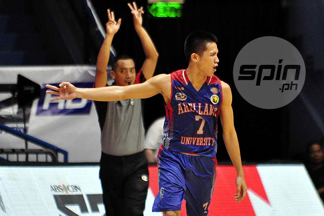 Guilmer Dela Torre stays with Arellano but Chiefs debut set in two years due to K-12 program