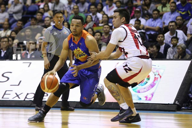 RR Garcia left red-faced by Jayson Castro anklebreaker, but glad to have last laugh