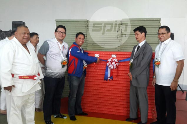 All-Japan Judo Federation donates mats for Philippines' grassroots program