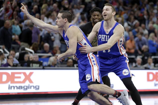 TJ McConnell hits go-ahead jumper, makes game-saving steal as Sixers stun slumping Magic