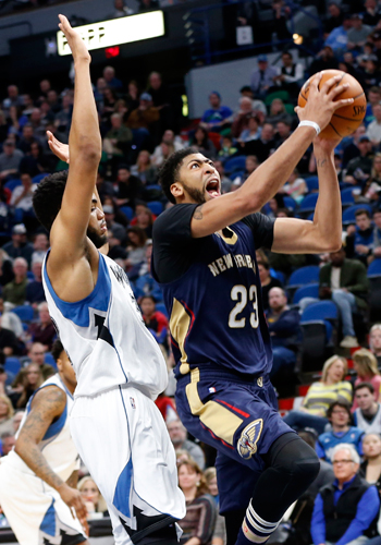 Anthony Davis eclipses Karl-Anthony Towns in duel of young big men as Pelicans down Wolves