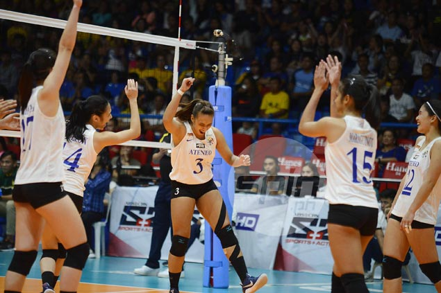Ateneo Lady Eagles wind up on top after error-strewn tug-of-war with FEU Lady Tams