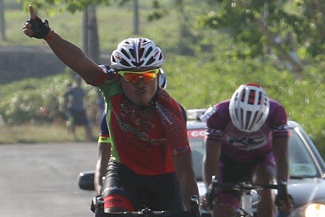 Jaybop Pagnanawon tops grueling 251-kilometer Ronda stage from Lucena to Camarines Sur