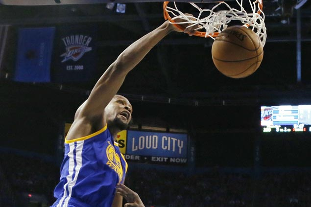 Warriors ride huge second quarter to victory over Thunder, spoil Russell Westbrook's 47-point night
