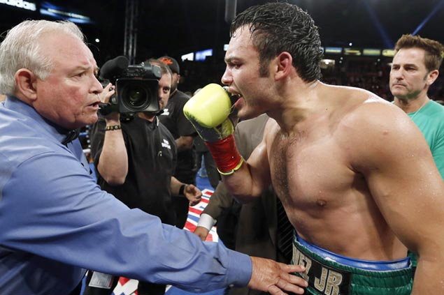 Can 'Nacho' Beristain whip Julio Cesar Chavez Jr. into shape for Canelo Alvarez match?