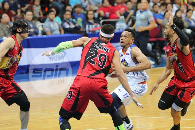 Jayson Castro unlikely to play in Game 7 as hamstring injury far worse than anticipated