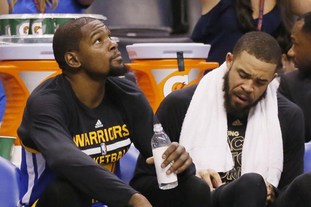 Durant, Kerr defend Javale McGee from Shaq attack, take a shot at 'childish' O'Neal