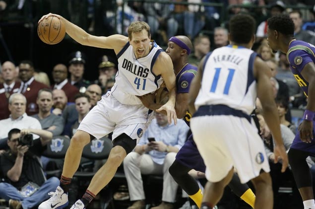 Mavericks arrest three-game skid with victory over Pelicans