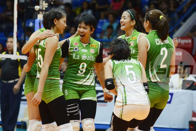 La Salle Lady Spikers make it three straight victories with rout of winless UE Lady Warriors in UAAP women's volley