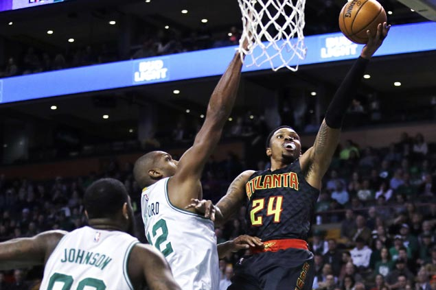 Hawks halt three-game slide with rout of Celtics