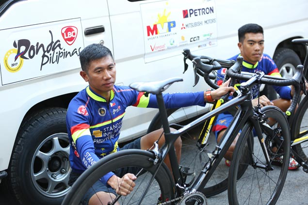 Jan Paul Morales looks to tighten grip on lead as Ronda resumes with ITT in Guimaras