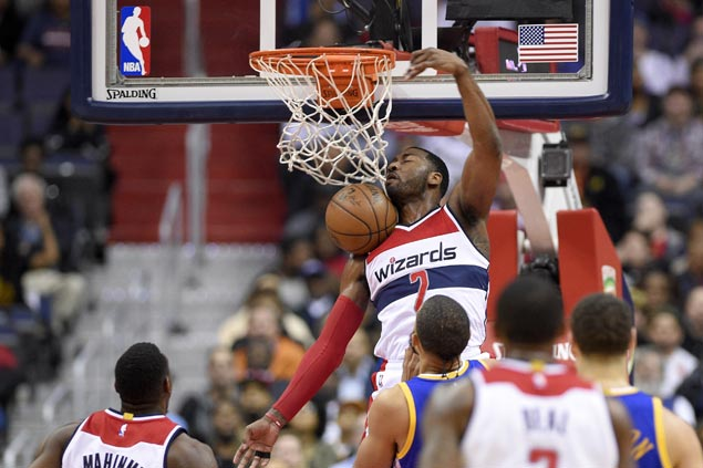 Wizards end two-game slide with squeaker over Warriors as Kevin Durant suffers knee injury