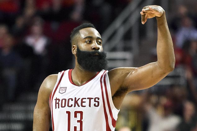 Rockets ride huge third quarter to victory over Grizzlies