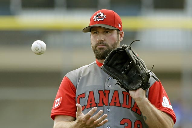 Former Cy Young winnner Eric Gagne hoping WBC stint would spur major comeback