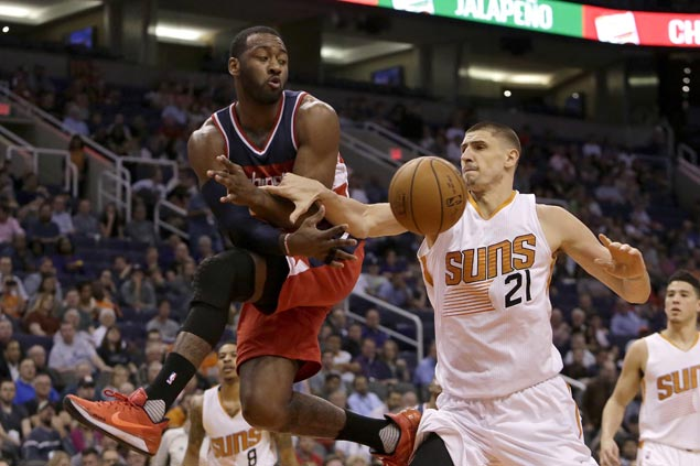 Wizards rally late to beat Suns for second straight victory