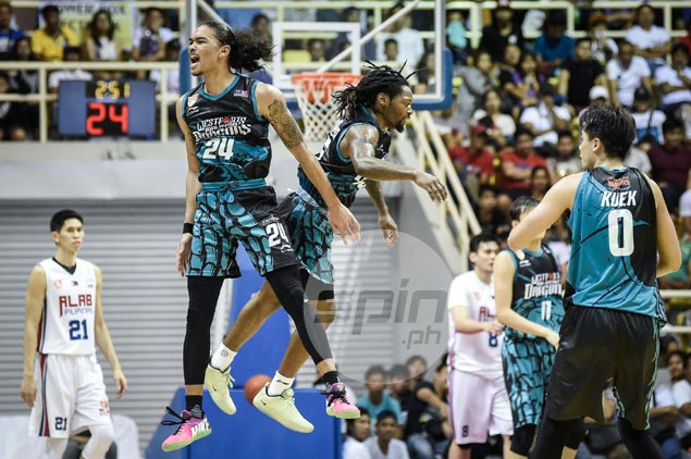 Fil-Am Joshua Munzon admits playing in front of Pinoy crowd brings out best in him