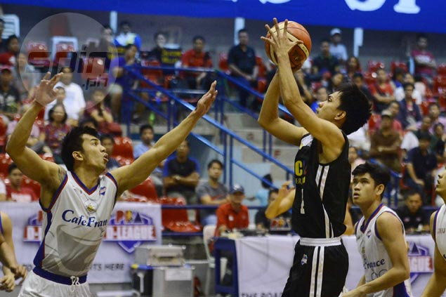 Racal gains outright semis berth with squeaker over Café France