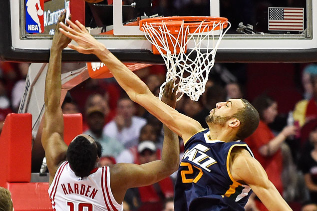 Jazz stretch streak to four, send Rockets to second straight loss