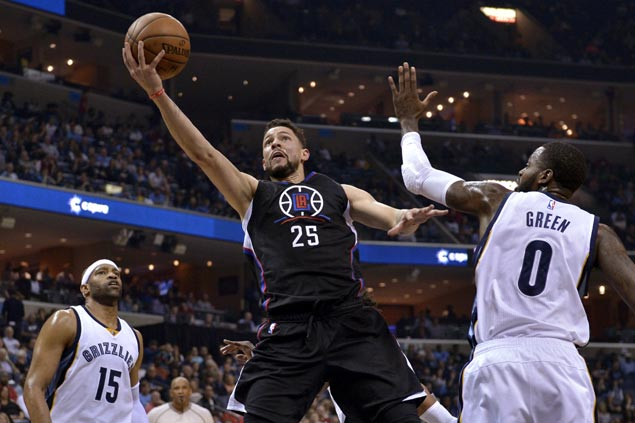 Clippers bank on depth in beating down Grizzlies to fourth loss in a row