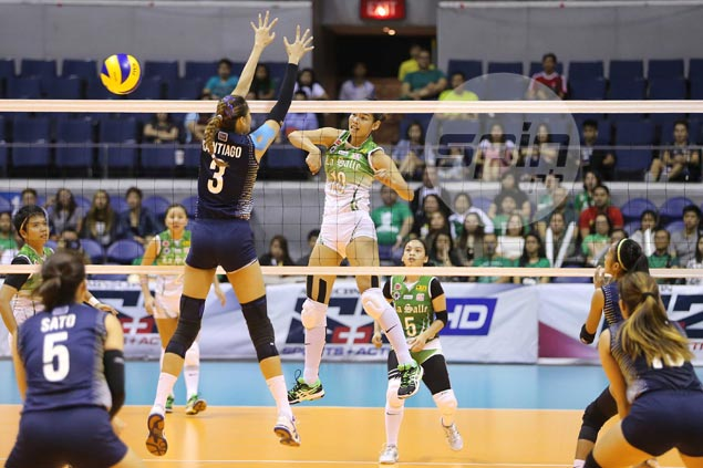 Majoy Baron proud to measure up to Jaja Santiago in battle of UAAP giants