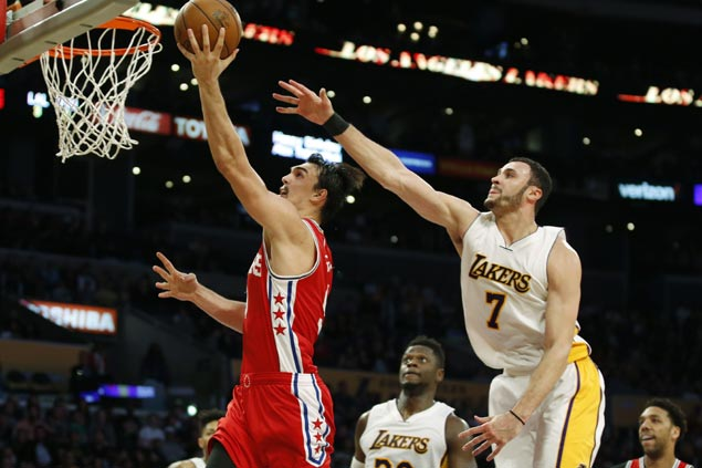 Dario Saric drops career-high 29 as Sixers fend off Lakers late rally to end four-game slide