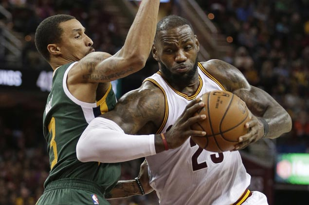 LeBron James leads late push as Cavs put away Jazz to welcome back Kevin Love with a win