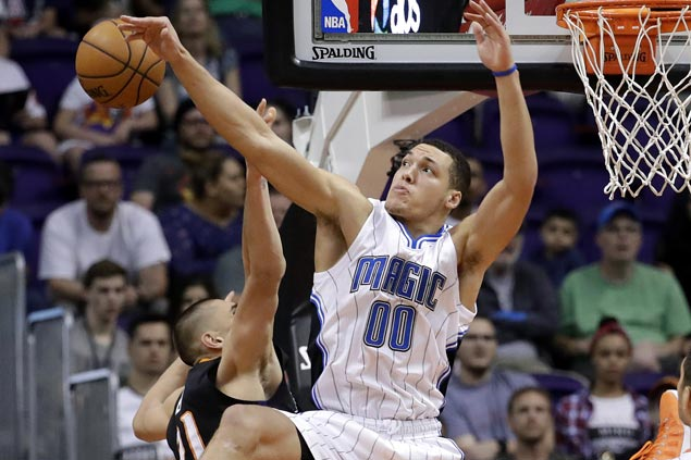 Magic end four-game skid and send Suns to third straight loss