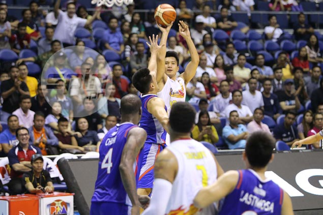 Bradwyn Guinto on James Yap's dazzling ankle-breaker against him: 'He's good. He got me'