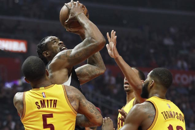 Clippers score 30-point rout of Cavaliers missing Big Three