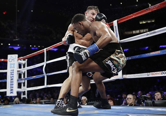 Gennady Golovkin wins decision over Danny Jacobs to unify middleweight title