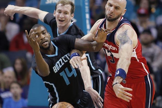 Hornets halt three-game slide with victory over suddenly struggling Wizards